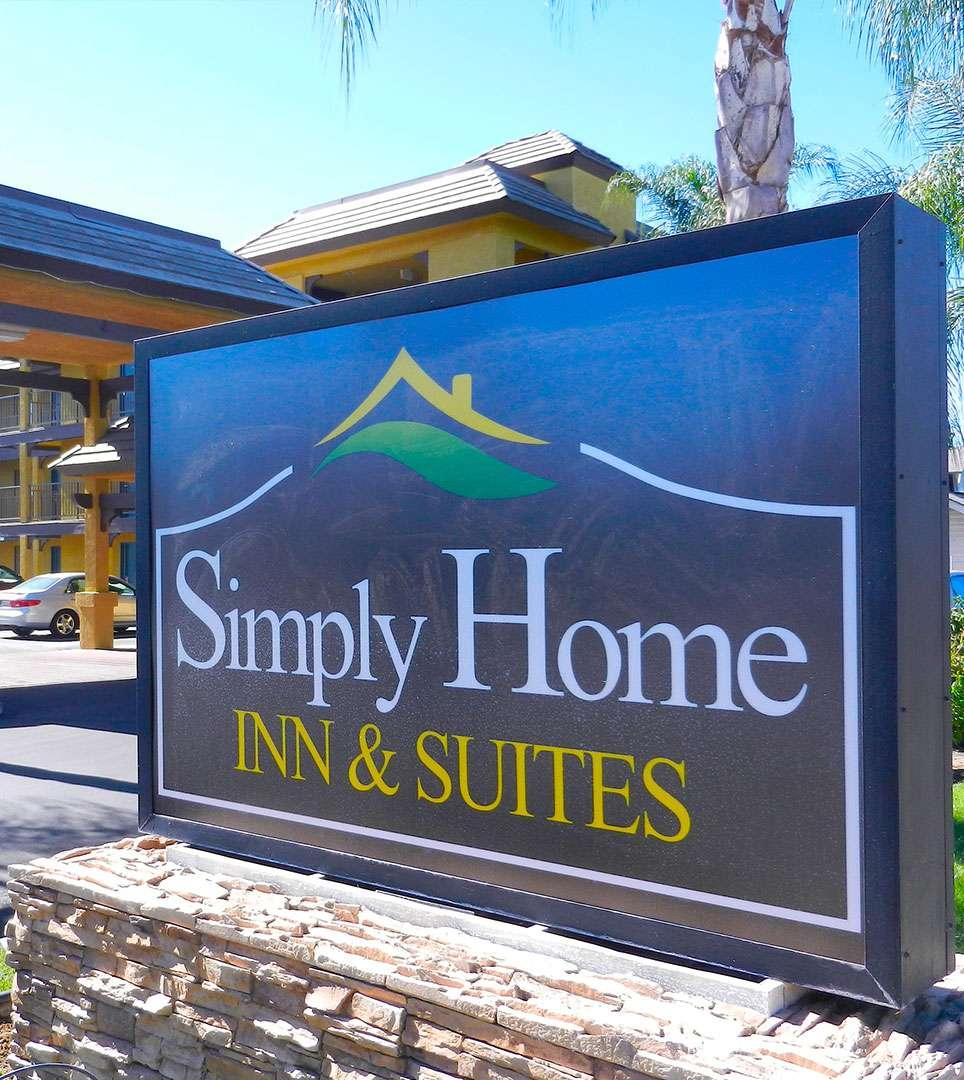 RIVERSIDE HOTELS - SIMPLY HOME INN & SUITES RIVERSIDE, CA
